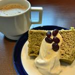 60786014 - ★★★ 抹茶シフォンとカフェラテ