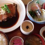 市場食堂 - 限定10食、煮魚定食