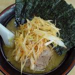 せい家 - 料理写真:海苔ネギラーメン 750円