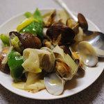 6080063 - 小皿料理:アサリと野菜の塩味炒め(名前はうろ覚え)