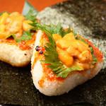日本酒の魚枡 - 〆の名物!焼きうにぎり 贅沢を味わってください!