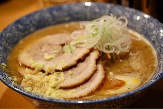 麺屋 すずらん - 味噌らーめん+チャーシュー