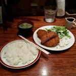 はれたりくもったり - メンチハムカツ定食(890円)
