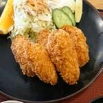 本宮の湯 うまの背 - 牡蠣フライ定食