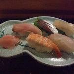 みしま - ビールセットのお寿司5貫です。