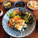 野菜とつぶつぶ アプサラカフェ - アプサラ定食(ごろごろ野菜の塩麹入り豆腐グラタン)¥1090