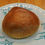 ベーカリーBon - 料理写真:栗あんぱん