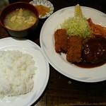 キッチンからす亭 - 料理写真:ハンバーグと魚フライ盛り合せ、ライス&味噌汁 ¥1400
