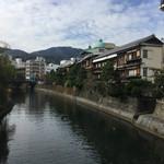 和洋御菓子 玉屋 - 伊東と行ったらこの景色。