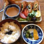 めんぼう壱久 - ささみチーズフライとライス 780円