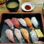 60825457 - にぎり寿司ばんや