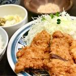 とんかつ浜勝 - コンビかつ定食 1290円(税別)ヒレかつ、ロースかつ、チキンかつの3種類が味わえます