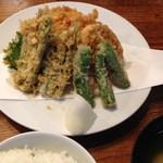 60829238 - 2014/12/3 野菜だけの天ぷら一人前盛りも出来ます