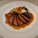 トゥールモンド - お肉:鴨胸肉のロースト