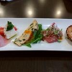 イタリアン居酒屋  FUKUOKA - 前菜3種