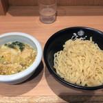 ひるがお - わんたん塩つけ麺 ¥980