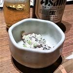 地酒とそば・京風おでん 三間堂 - お通し&ビール