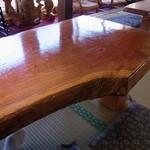 田舎や - 一枚板のテーブル