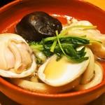 美々卯 - うどんすき(蛤、椎茸)