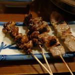 湯どうふごん兵衛 - うなぎの肝焼き・黒豚串焼き