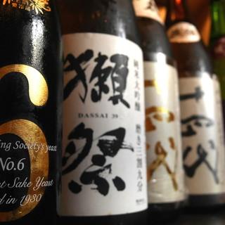 豊富な種類の日本酒と焼酎に舌鼓。