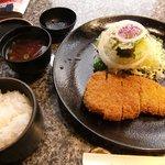 肉の松阪 - 特上ロースカツ定食