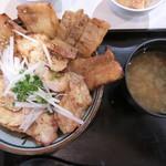 鶏陣 - 鶏ぶた丼