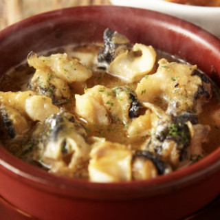 夜は、イタリアンバル!豊富なアルコールと本格バル料理を!