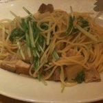トラットリア リアナ - 豚バラ肉と大根、水菜(850円)