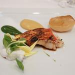 レストラン シュバル ブラン - 金目鯛グリル、カブ、リコッタチーズ添え