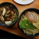 ラーメン哲史 - 鴨蒸篭風つけ麺・鶏の焼霜増し(2016/12)