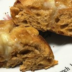GONTRAN CHERRIER - ドライトマトモッツァレラチーズの断面