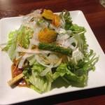炙焼 楽群 - サラダ
