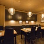 居酒屋 朝次郎 - テーブル席は12名様までご利用できます。