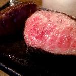 ザ ハングオーバー - 料理写真:最高級の和牛を使ったローストビーフ