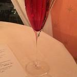 デ アドミラル - 食前酒のキールロワイヤル