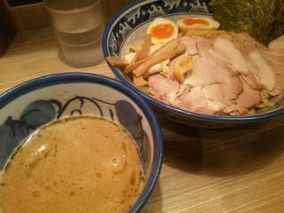 秋葉原つけ麺 油そば 楽 - 特製つけ麺(麺300g) 2017年1月6日