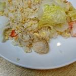 四季ボウ坊 - 雑に見える炒飯がビックリするほど美味いのだ!