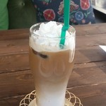 CAFE&BAR ひとこぶらくだ - フレーバーラテのアイリッシュ(アイス)