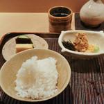 神楽坂 石かわ - 新米の御飯に鯛練り物、最後お茶漬けにして美味しい