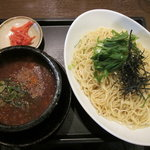 博多ラーメン一歩 - 濃厚豚骨煮干しつけ麺(大盛り)【2010年12月】