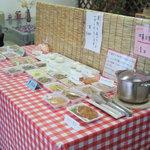 弘前の煮たまご屋 - 煮たまごの他にもおかずもありますよ^^