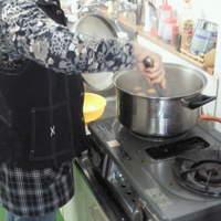 弘前の煮たまご屋 レタス★キッチン - 秘伝の煮汁で煮たまごを作る店主