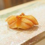 東麻布 天本 - 赤貝