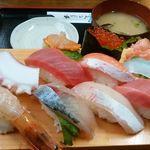 ひで丸 - 【にぎり寿司】貝汁付き1500円