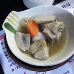 カミナリ酒店 - 1701 カミナリ酒店 鶏肉と根菜煮@300円