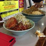 立川マシマシ - ナツメグさんのヒーヒー麺