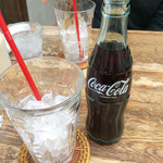 Hamburger Cafe UNICO - コーラは瓶で