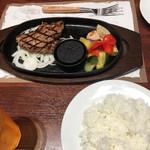 エムズ テーブル - mzステーキとライス