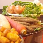 地鳥料理 万徳 別亭 安東 - 地野菜と天然野菜